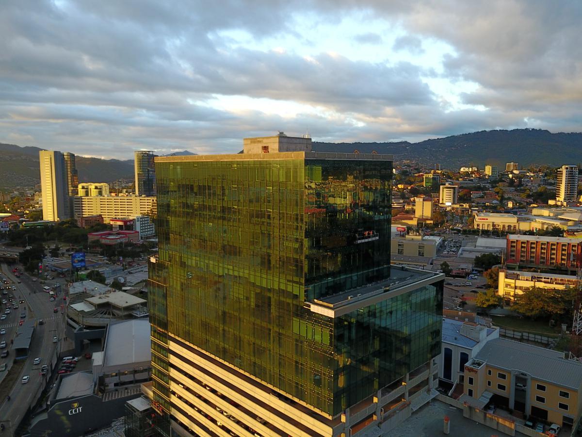 Foto Oficina en Renta en  Boulevard Suyapa,  Tegucigalpa  Corporativo Centroamerica