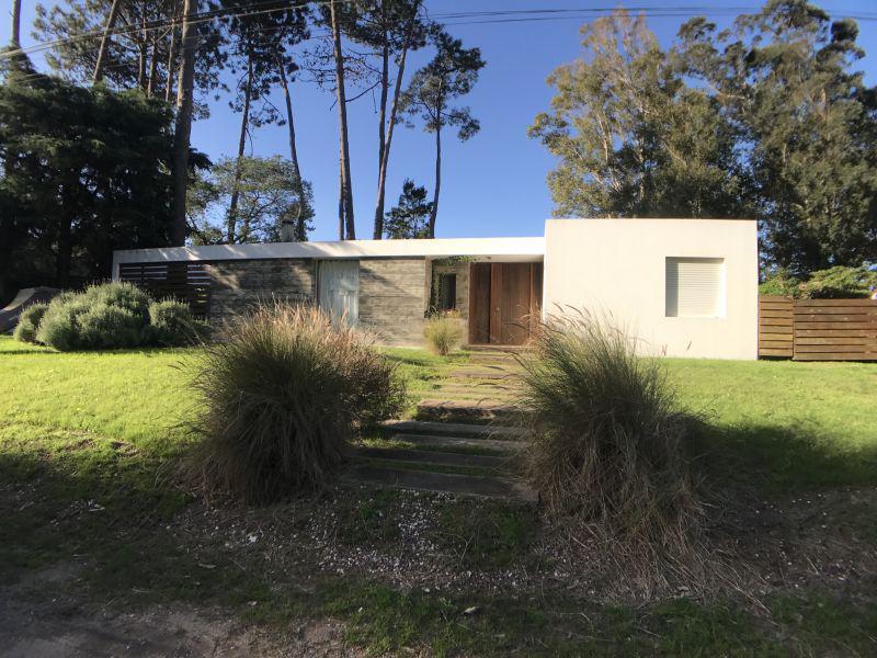 Foto Casa en Venta en  Playa Brava,  Punta del Este  Casa 3 dormitorios en venta, Playa Brava, Punta del Este