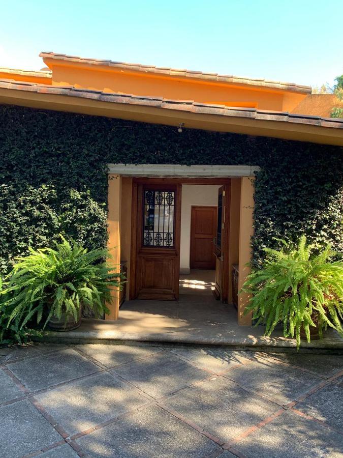Foto Casa en Renta en  Valle de Bravo ,  Edo. de México  CASA EN VENTA/RENTA VALLE DE BRAVO