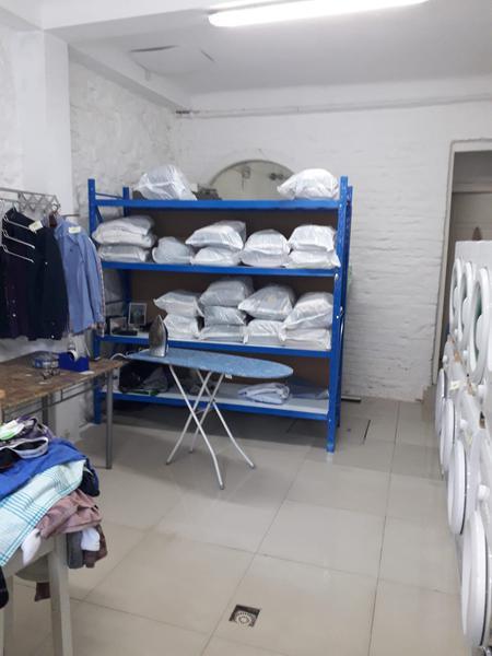 Foto Local en Venta en  Pocitos ,  Montevideo  Lavadero en Pocitos, venta de llave