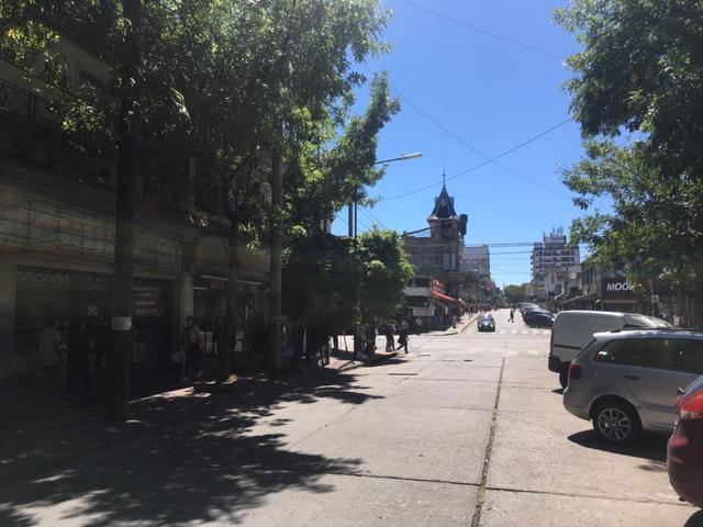 Foto Local en Alquiler en  San Isidro ,  G.B.A. Zona Norte  Alsina 11