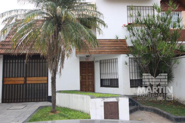 Foto Casa en Venta en  Mart.-Santa Fe/Fleming,  Martinez  AZCUENAGA al 1800