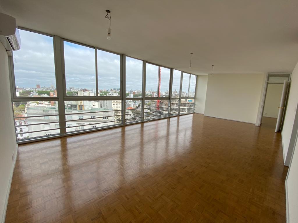 Foto Apartamento en Alquiler en  Pocitos ,  Montevideo  Av. Ponce y Charrúa