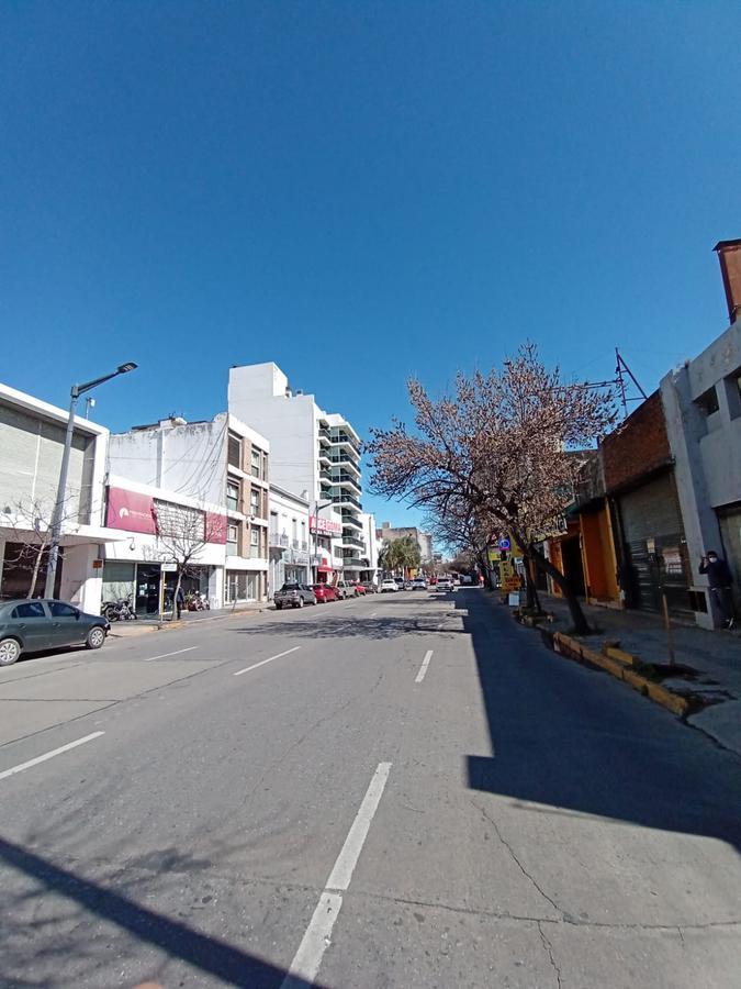 Foto Local en Alquiler en  Cordoba Capital ,  Cordoba  Humberto Primo al 300