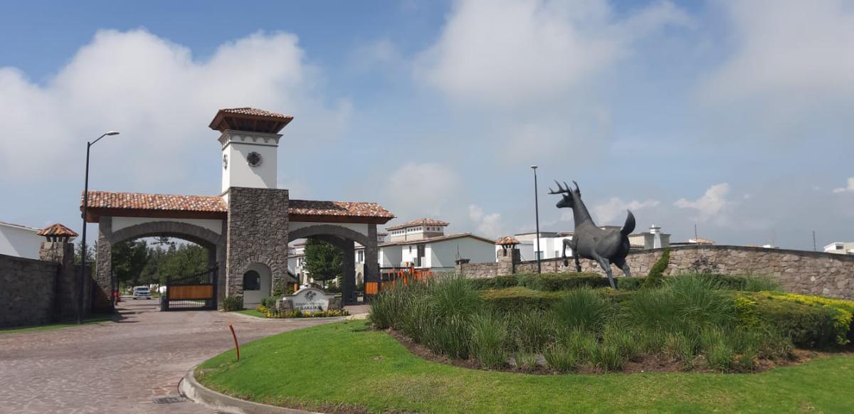 Foto Casa en condominio en Venta en  San Miguel Totocuitlapilco,  Metepec  CASA NUIEVA  EN VENTA, CONDADO DEL VALLE Metepec