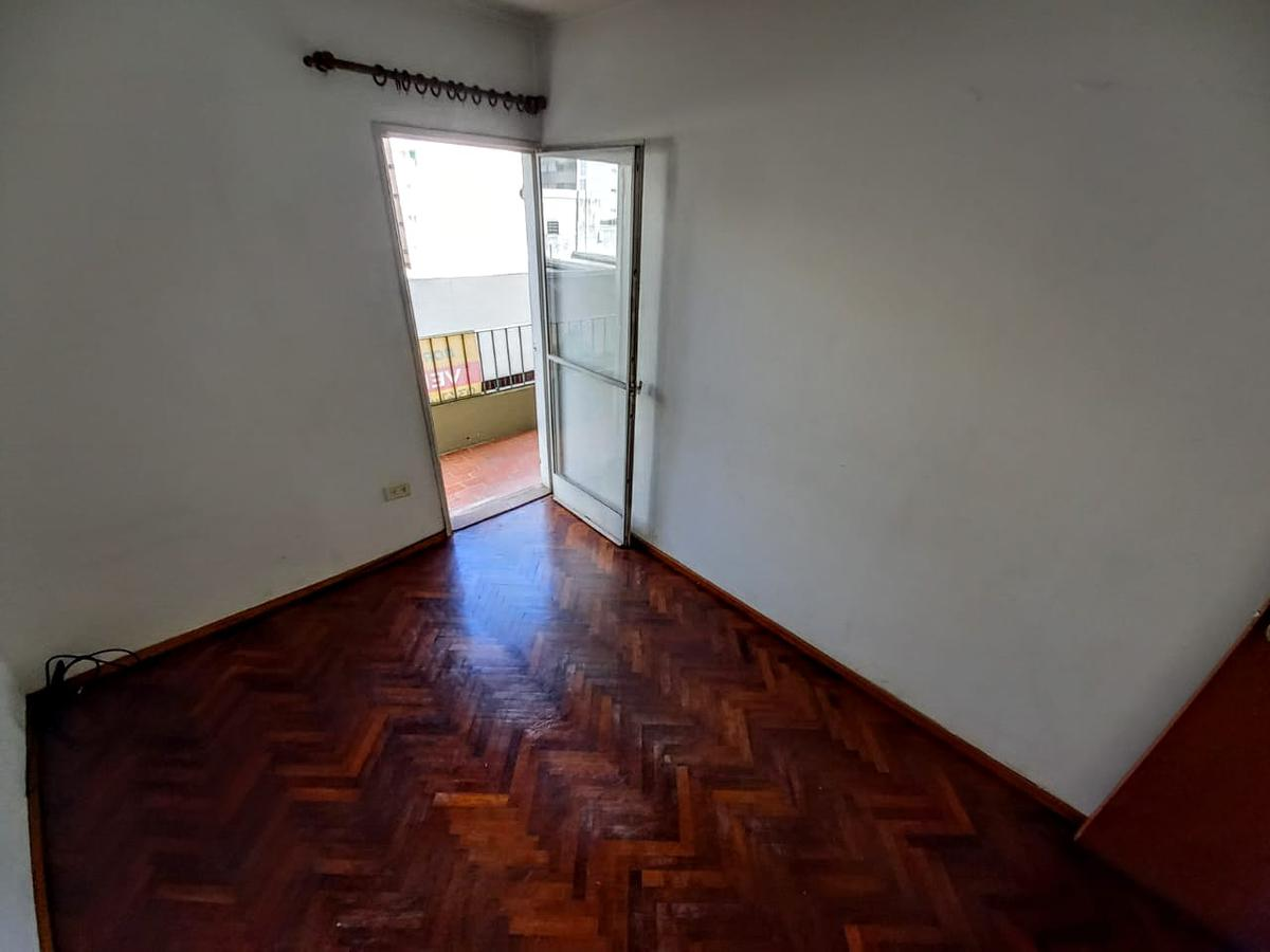 Foto Departamento en Venta en  Rosario ,  Santa Fe  Sarmiento al 400
