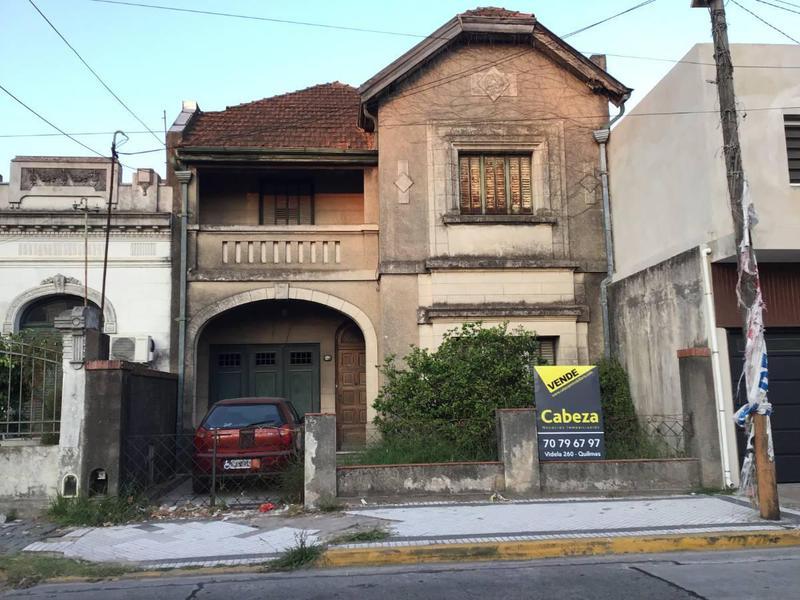 Foto Casa en Venta en  Quilmes,  Quilmes  Av. Mitre 1034