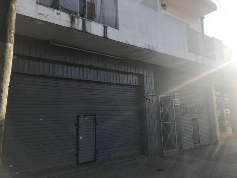 Foto Local en Alquiler en  San Miguel ,  G.B.A. Zona Norte  Presidente Peron esq. Rivadavia