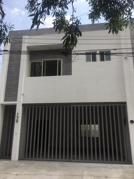 Foto Casa en Venta en  Lázaro Garza Ayala,  San Pedro Garza Garcia  CASA VENTA SAN PEDRO