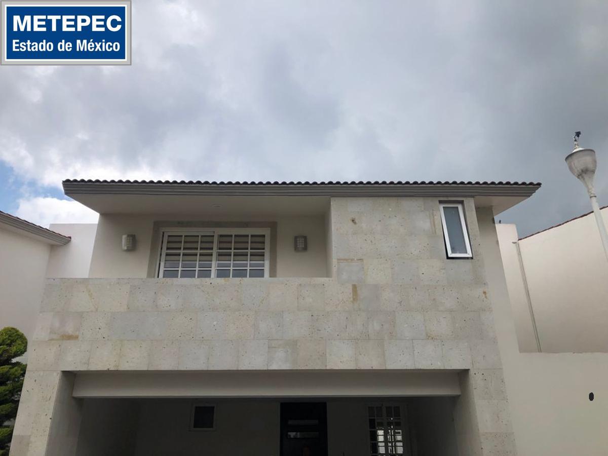 Foto Casa en condominio en Renta en  Metepec ,  Edo. de México  Casa en RENTA AMUEBLADA O SIN AMUEBLAR  Residencial La Joya 1, Metepec, Estado de México