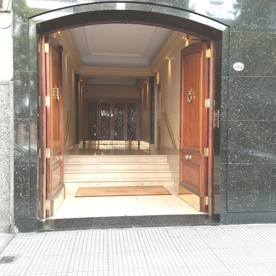 Foto Oficina en Alquiler en  Recoleta ,  Capital Federal  Callao al 1500