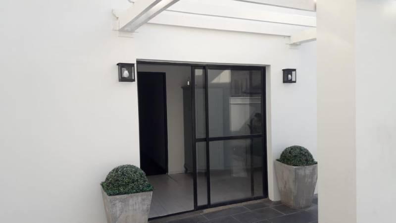 Foto Departamento en Alquiler en  Recoleta ,  Capital Federal  Juncal  al 1400