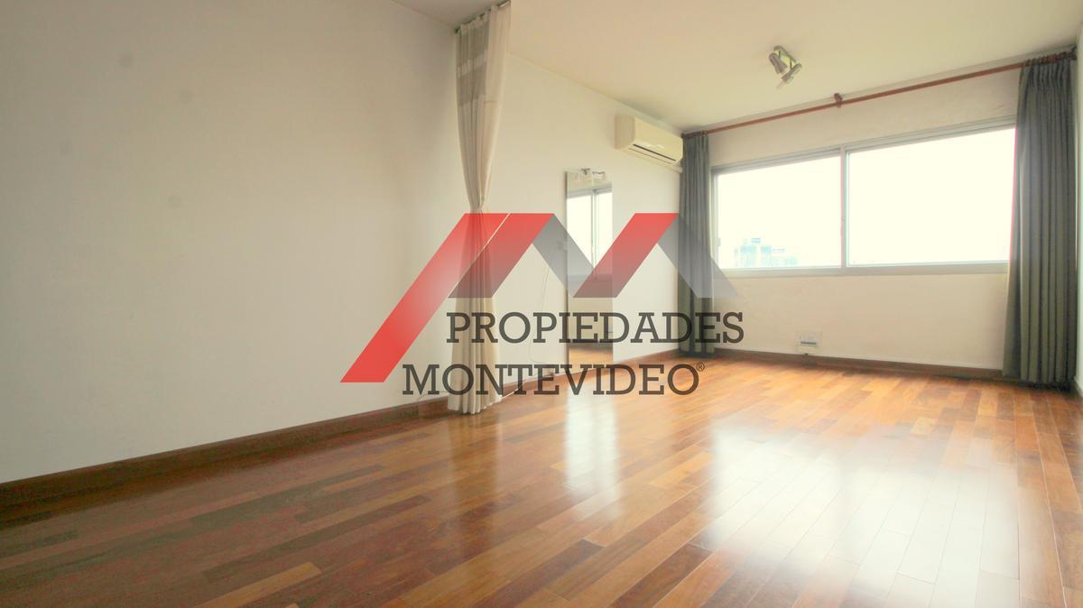 Foto Apartamento en Venta en  Parque Batlle ,  Montevideo  Parque Batlle - Av. Rivera al 3400