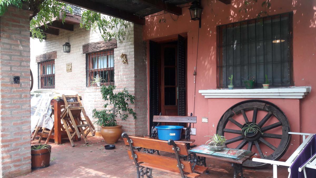 Foto Casa en Venta en  Unquillo,  Colon  Vende - Oportuidad Negocio - Corral de Barrancas - Unquillo