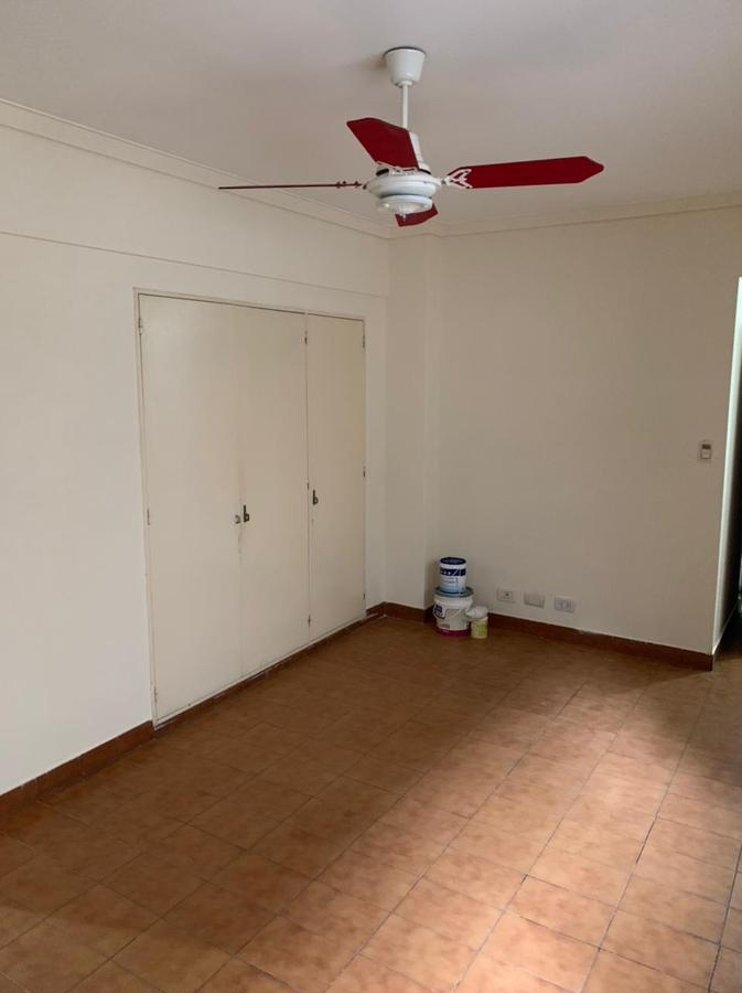 Foto Departamento en Alquiler en  Balvanera ,  Capital Federal  Alberti 300