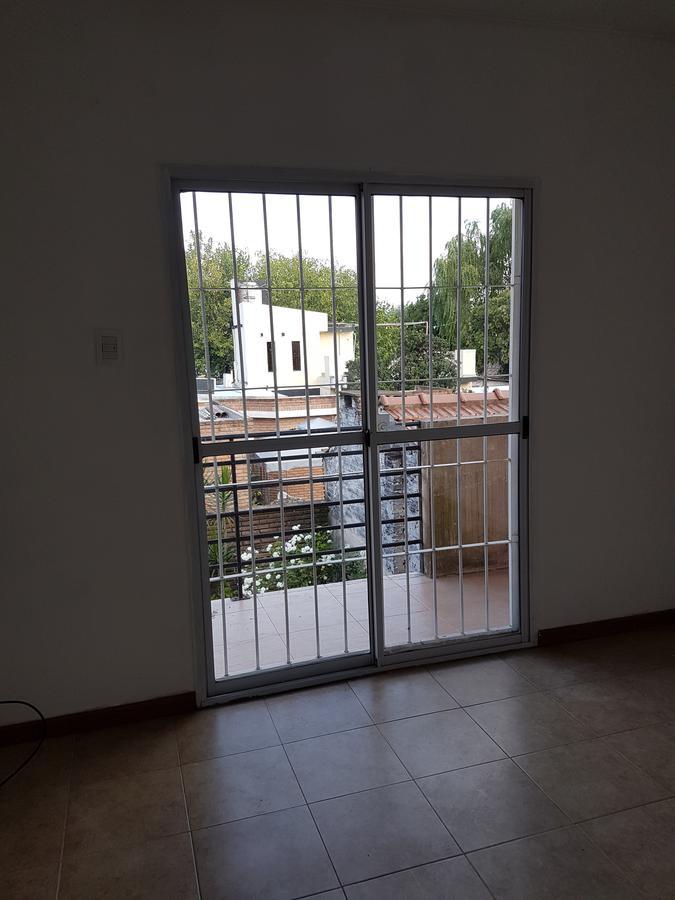 Foto Departamento en Alquiler en  San Miguel ,  G.B.A. Zona Norte  Roca al 200