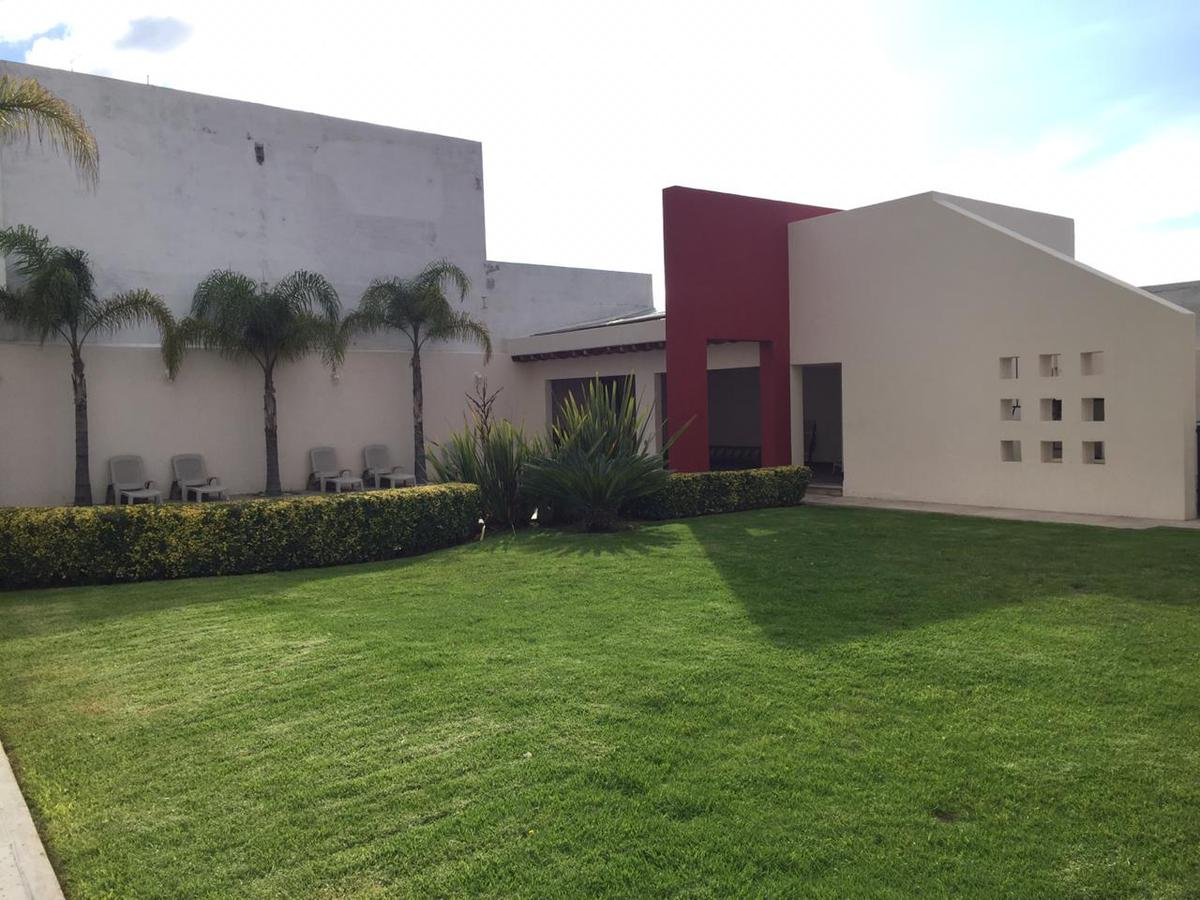 Foto Departamento en Venta en  Milenio,  Querétaro  VENTA DEPARTAMENTO AMUEBLADO  FRACC. MILENIO lll QRO. MEX.