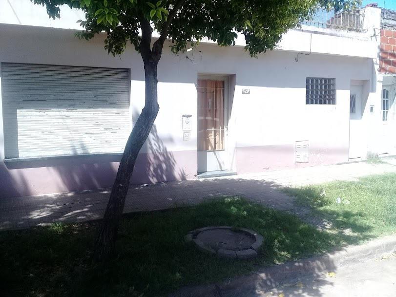 Foto Casa en Venta en  Belgrano,  Rosario  WHITE al 5700