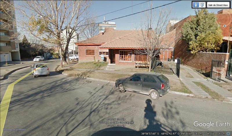 Foto Casa en Venta |  en  Neuquen,  Confluencia  TERRENO / CASA SAN JUAN E ILLIA