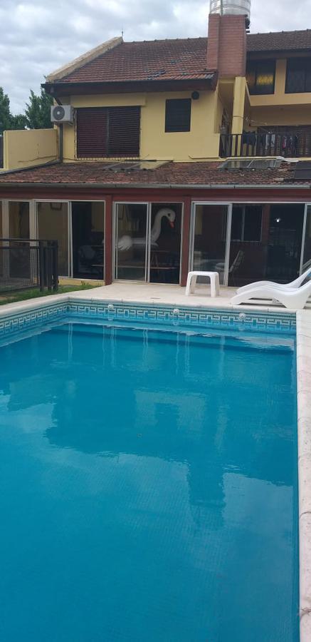 Foto Casa en Venta en  Villa Ballester,  General San Martin  CHIVILCOY al 5900,