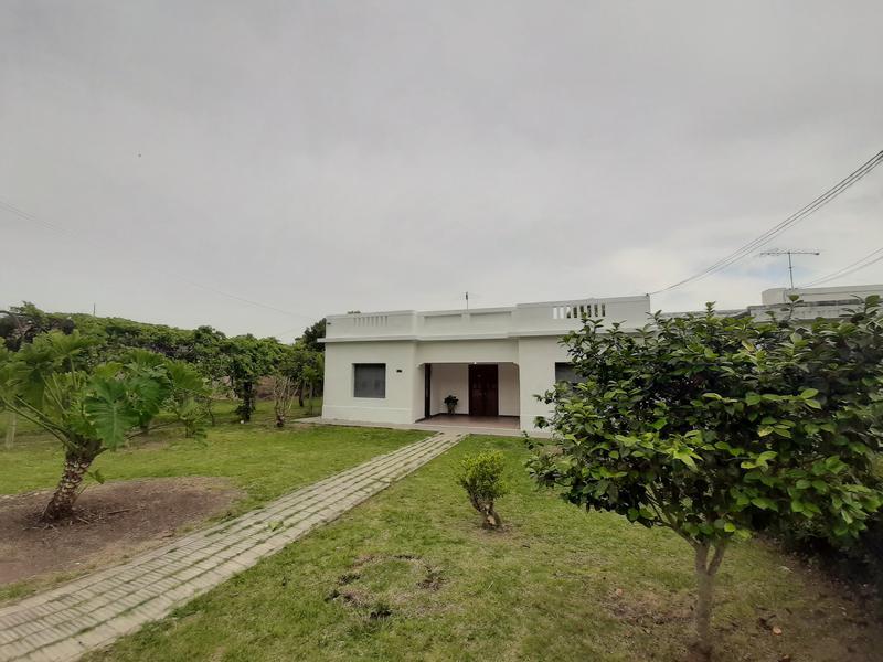 Foto Casa en Venta en  Real de San Carlos ,  Colonia          Roger Ballet Nº 328