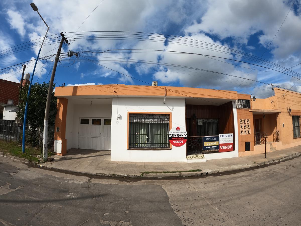 Foto Casa en Venta en  Esc.-Centro,  Belen De Escobar  Saavedra 99