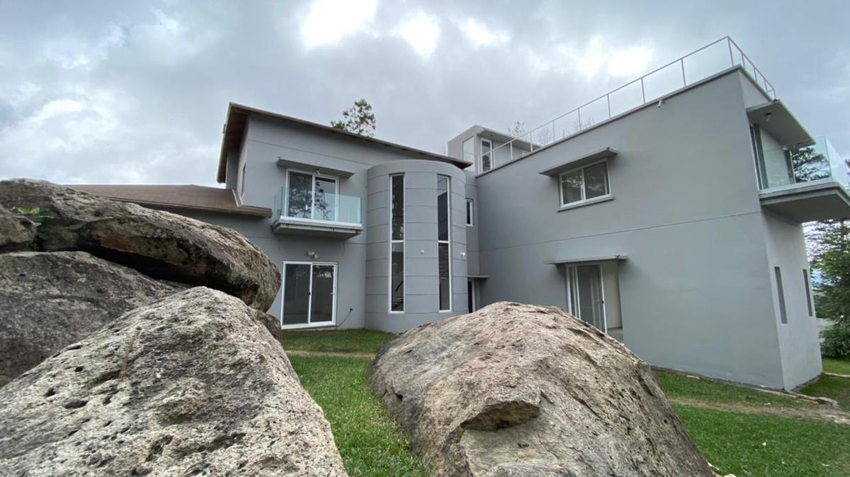 Foto Casa en Venta en  El Hatillo,  Tegucigalpa  Casa con Vista en Residencial Santo Tomas, El Hatillo, Tegucigalpa