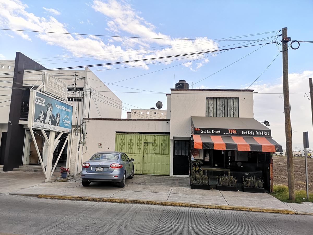 Foto Casa en Venta en  Bellavista,  Metepec  Oportunidad de Venta  de Propiedad, Av. Paseo de la Asunción, Metepec, Edo de México