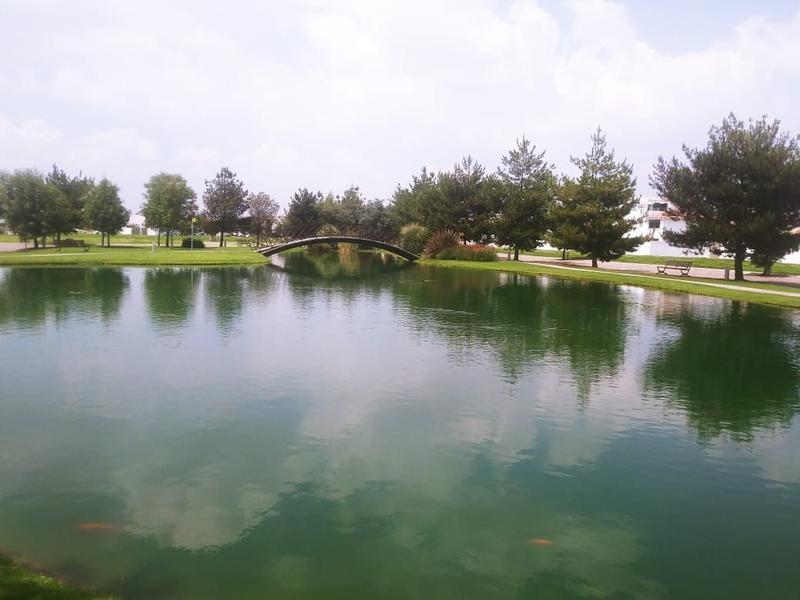 Foto Casa en condominio en Venta en  San Miguel Totocuitlapilco,  Metepec  Casa en Venta en Condado del Valle