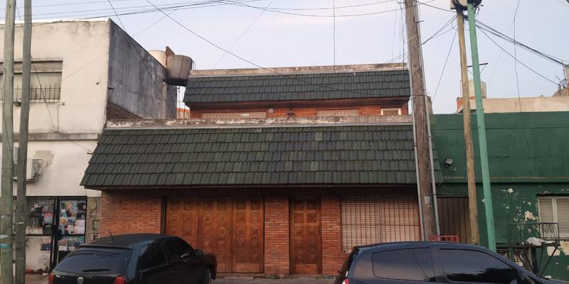Foto Casa en Alquiler en  Lanús Oeste,  Lanús  Gral. Lavalleja al 3200