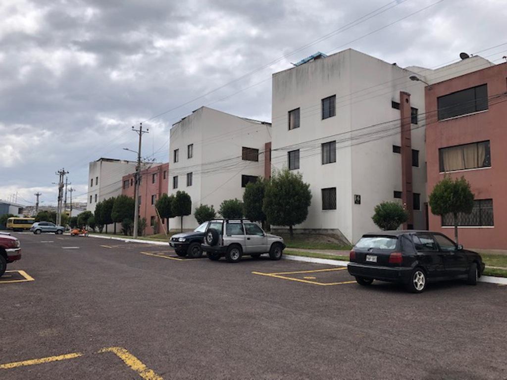 Foto Departamento en Venta en  Mitad del Mundo,  Quito  Departamento  lindo  clima, , Pusuqui $55.000