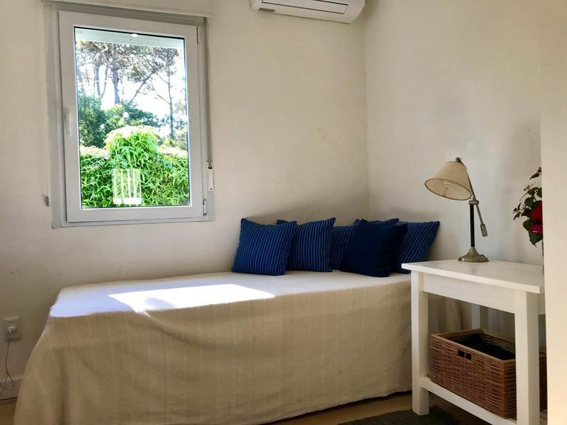 Foto Casa en Alquiler temporario en  La Barra ,  Maldonado  VICTORIA 20001 LA BARRA, MALDONADO