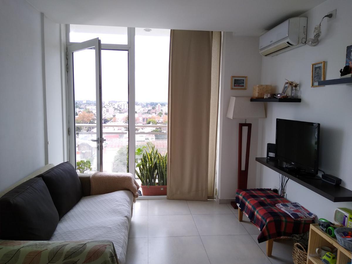 Foto Departamento en Venta en  Esc.-Centro,  Belen De Escobar  Asborno 642, 9°E