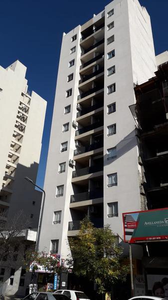 Foto Departamento en Venta en  Cordoba Capital ,  Cordoba  Avenida Nicolas Avellaneda al 400