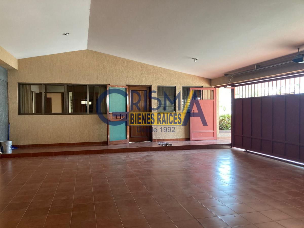 Foto Casa en Venta en  Jardines de Tuxpan,  Tuxpan  PRECIOSA RESIDENCIA FRENTE AL RÍO EN ZONA RESIDENCIAL
