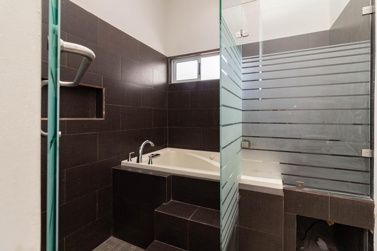 Foto Casa en Renta en  Lagos del Vergel,  Monterrey  Casa en Renta en Portal  de Valle Alto