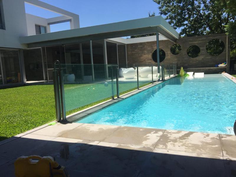 Foto Casa en Alquiler temporario en  La Deseada,  Countries/B.Cerrado (Ezeiza)  Alquiler Temporario - Casa en La Deseada