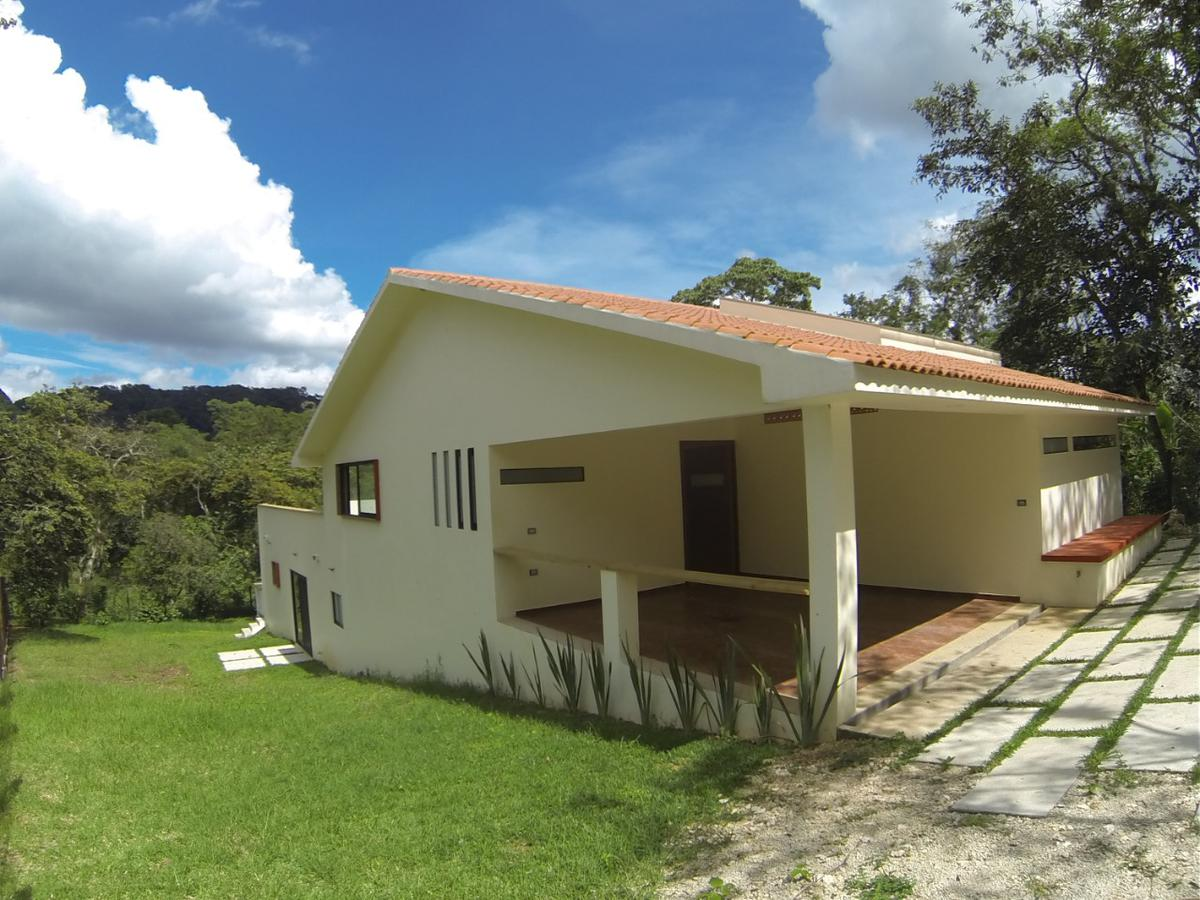 Foto Casa en Venta en  Coatepec ,  Veracruz  Nueva, Hermosa Casa Campestre  en Fraccionamiento