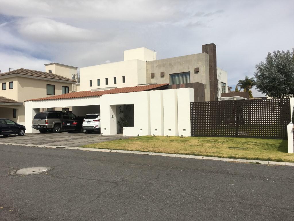 Foto Casa en condominio en Venta en  Fraccionamiento La Asunción,  Metepec  CASA EN VENTA EN PRIVADA COL. LA ASUNCIÓN EN METEPEC A 35min DE LA CDMX