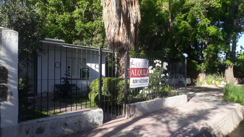 Foto Casa en Alquiler en  Carrodilla La Puntilla,  Lujan De Cuyo  Boedo y Picton