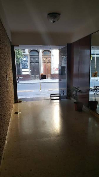 Foto Departamento en Venta en  Monserrat,  Centro (Capital Federal)  carlos calvo al 1100