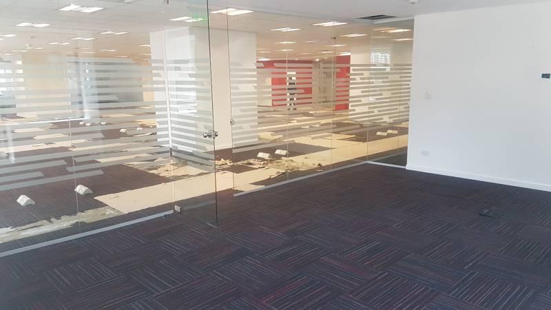 Foto Oficina en Alquiler en  Centro (Capital Federal) ,  Capital Federal  San Martin al 300