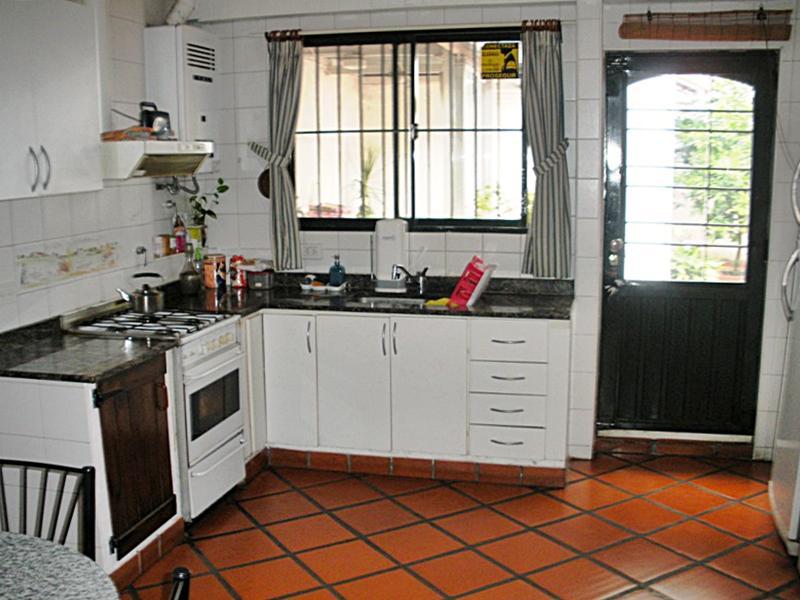 Foto Casa en Venta en  Florida Oeste,  Florida  Vergara al 4600