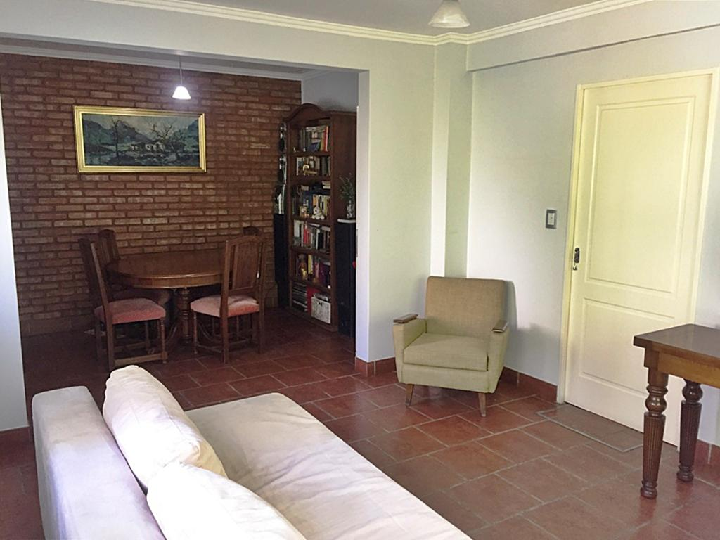 Foto Casa en Venta en  Villa Ballester,  General San Martin  Prof. Simón al 1400