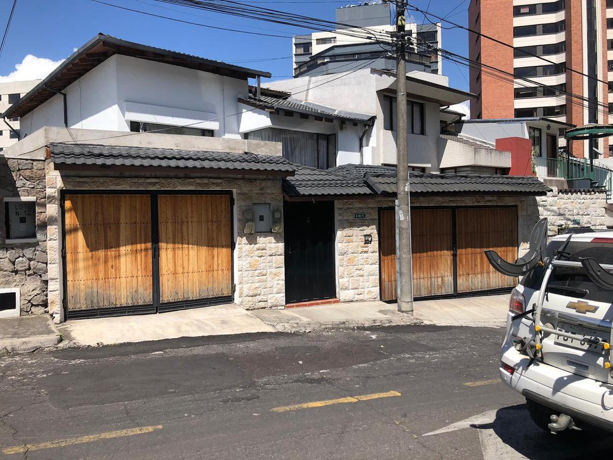 Foto Casa en Venta en  El Bosque,  Quito  JAMES COLNET, EL BOSQUE