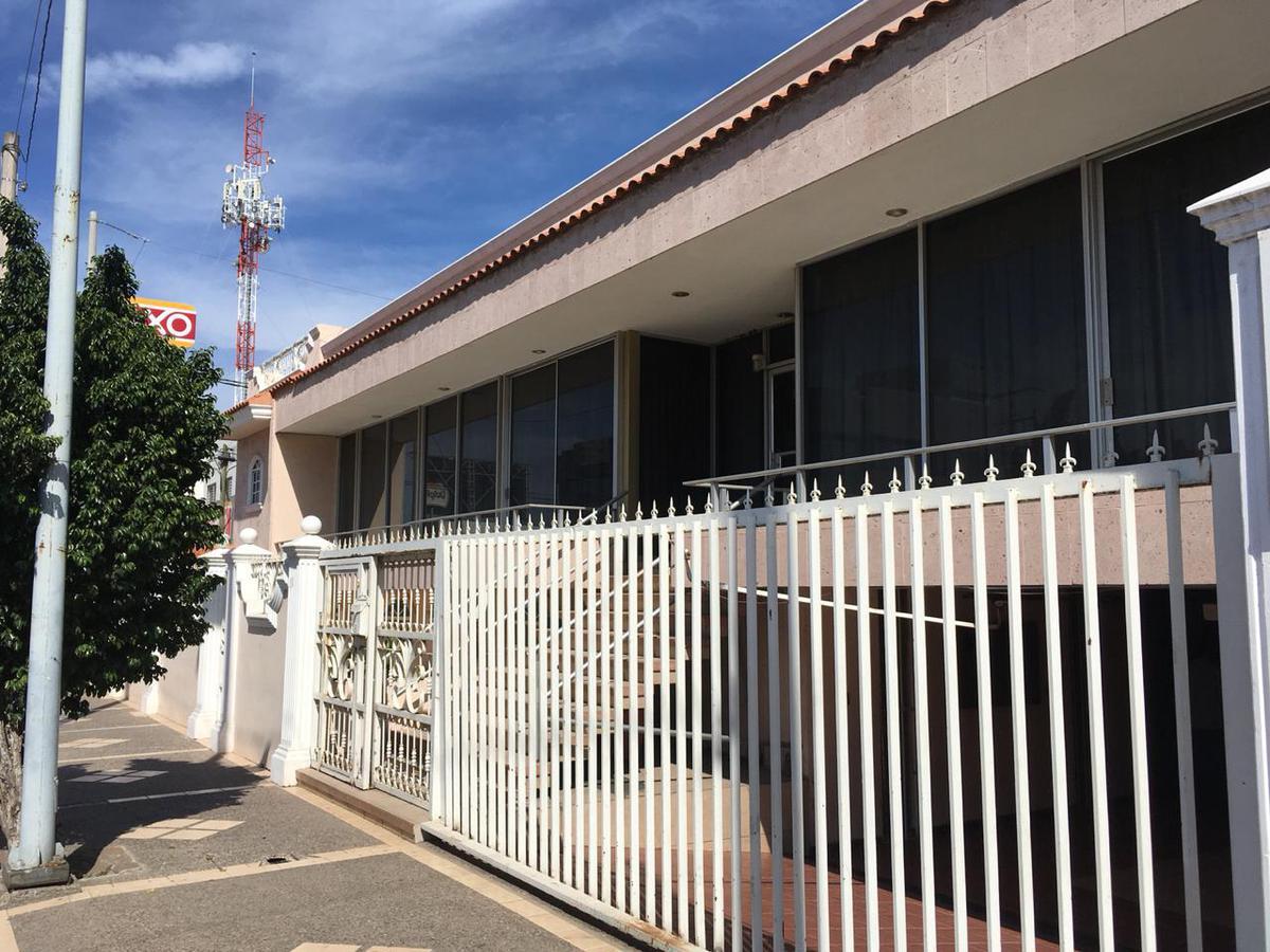 Foto Casa en Venta en  Culiacán ,  Sinaloa  CASA EN VENTA AVENIDA ÁLVARO OBREGÓN ESQUINA CON RÍO CULIACÁN, EN LA COLONIA GUADALUPE EN LA CIUDAD DE CULIACÁN SINALOA