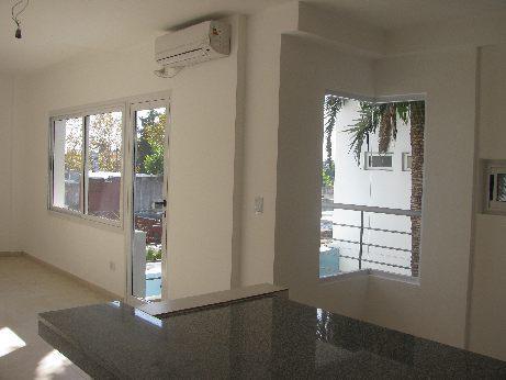 Foto Departamento en Alquiler en  S.Fer.-Vias/Centro,  San Fernando  PERON 1470 2 A
