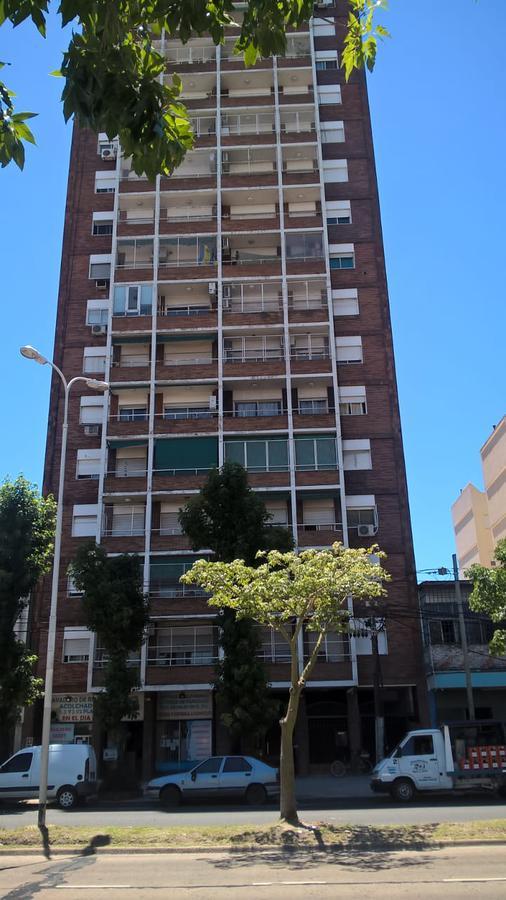 Foto Departamento en Venta en  Avellaneda,  Avellaneda  Av Mitre al 5700