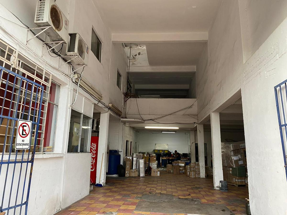 Foto Local en Renta en  Veracruz ,  Veracruz  BODEGA o LOCAL en RENTA con oficinas en 2 niveles, zona centro de Veracruz