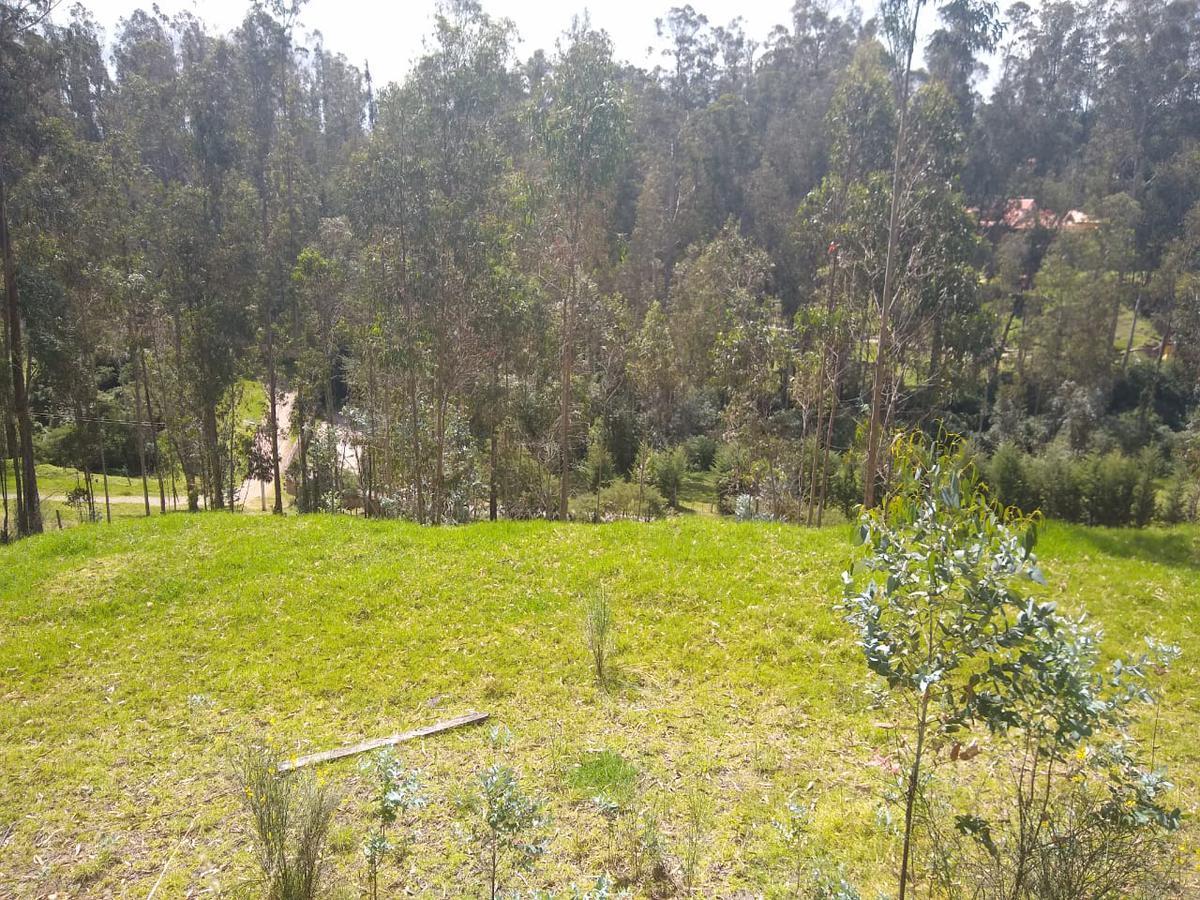 Foto Terreno en Venta en  Los Chillos,  Quito  Terreno en Pintag, Club Hacienda El Refugio